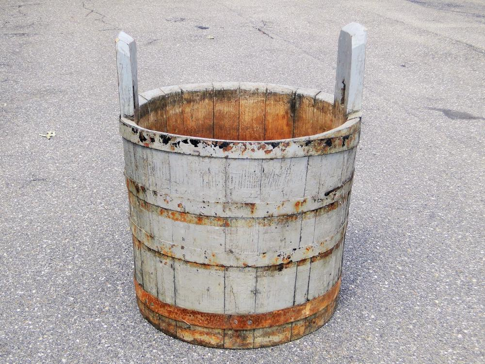 Lot 70D: 19TH C BLUE PAINTED BUCKET / TUB