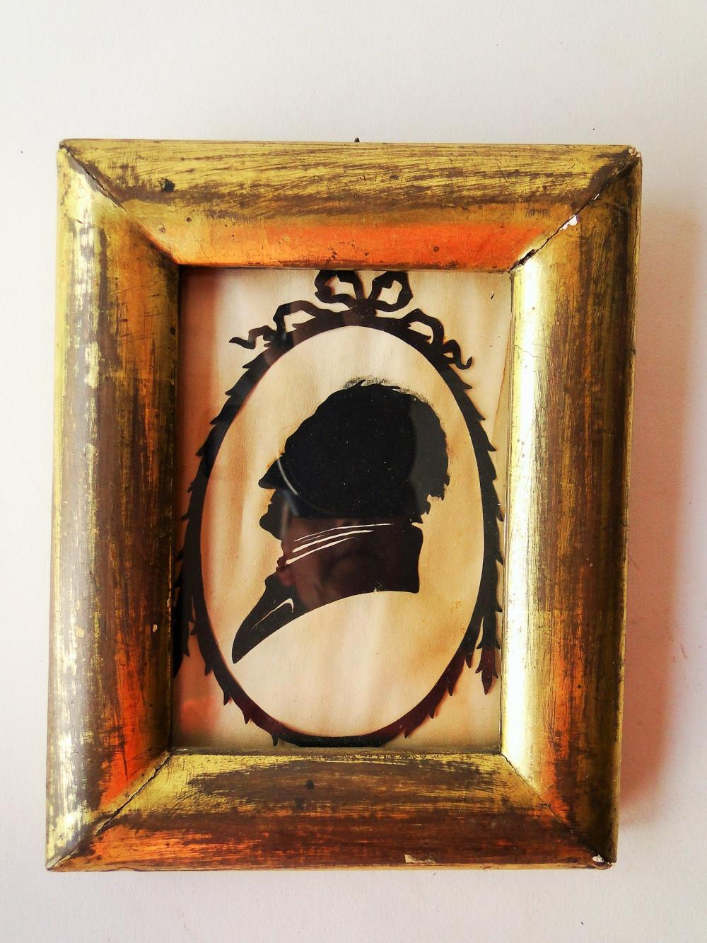 Lot 150: 19TH C SILHOUETTE OF A GENTLEMAN