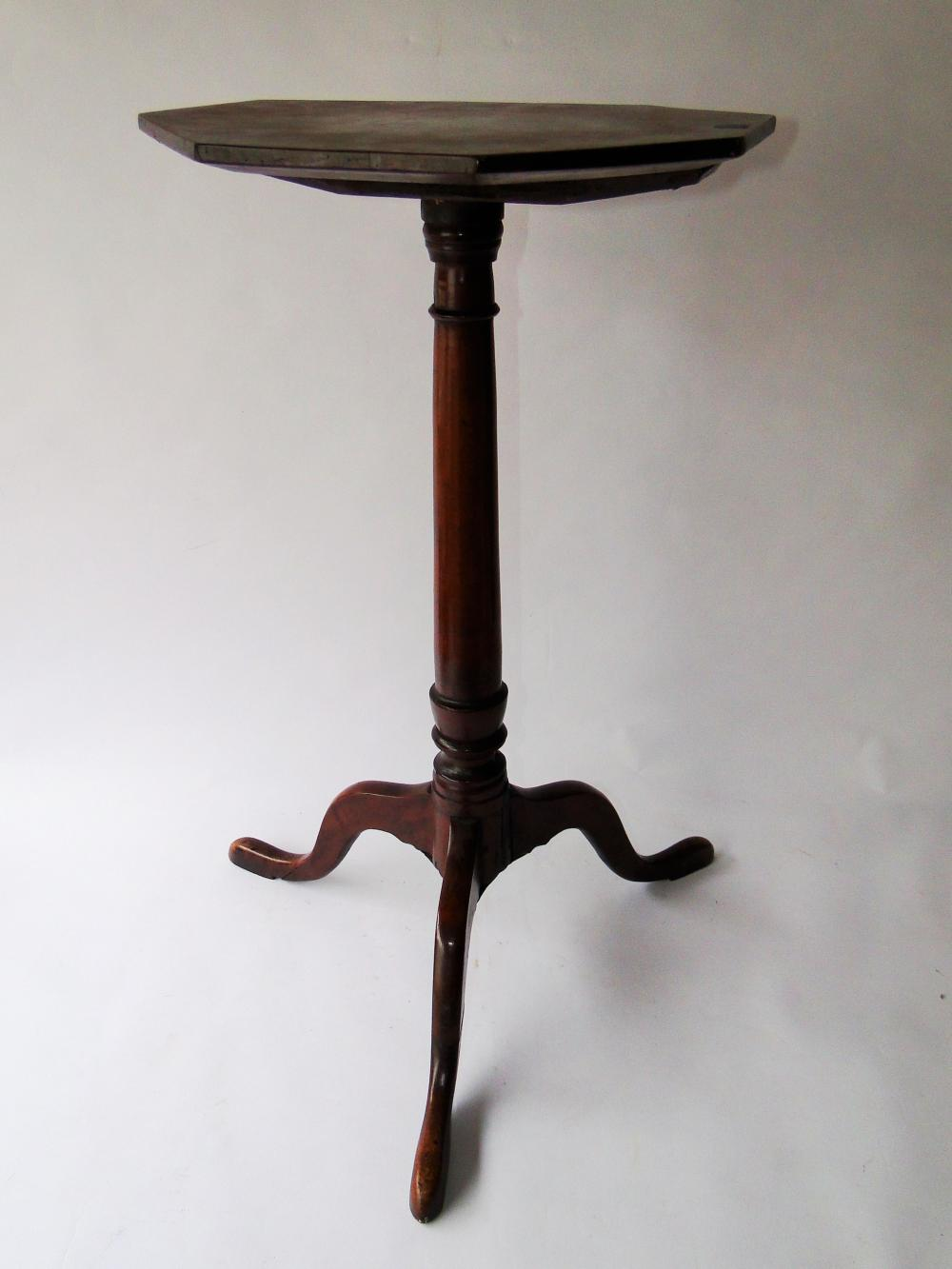 18TH C NH SHAPED TOP QA CANDLESTAND