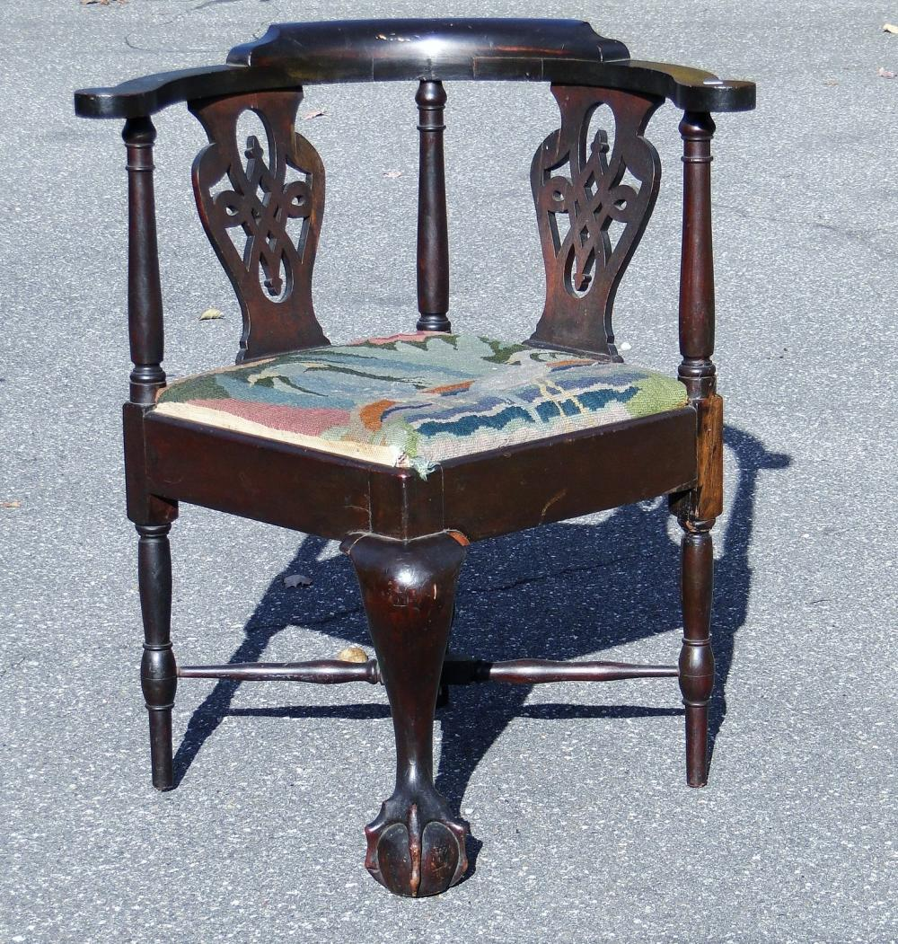 VERY RARE CHIPPENDALE CORNER CHAIR