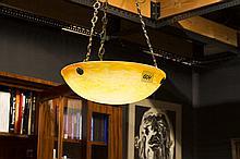 Art Deco-chandelier with a bowl in pâte de verre - signed
