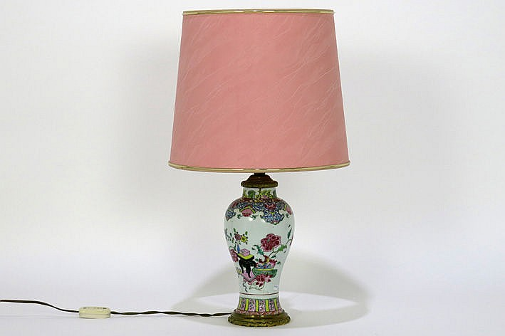 18th Cent. Chinese vase in porcelain with bronze mounitng made into a lamp
