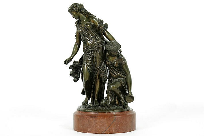 antique sculpture in bronze on a marble base - signed
