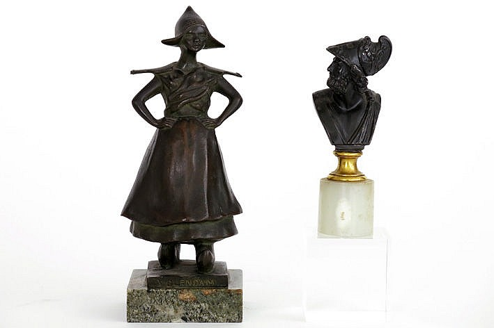 2 small sculptures in bronze