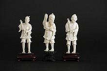 3 small Chinese sculptures in ivory