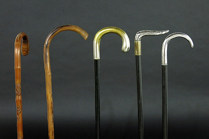 5 old/antique walking sticks