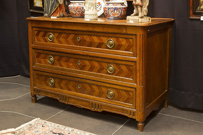19th Century neoclassical chest of drawers in parquetterie