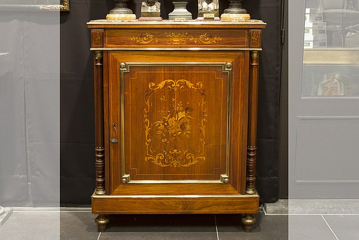 19th Cent. French neoclassical cabinet in marquetry with mountings in brass and bronze and its original marble top