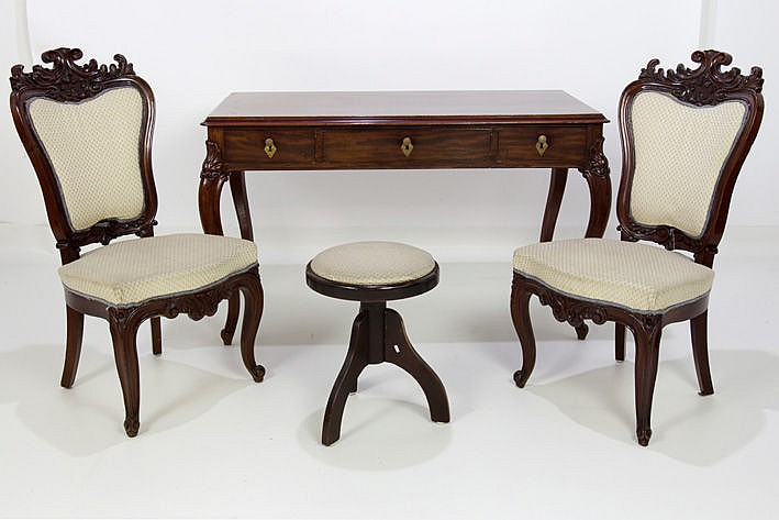 antique set in rosewood with a desk and two chairs with carved baroque ornaments