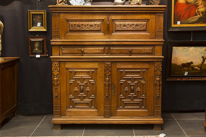 17th Cent . Flemish cabinet with bureau in oak