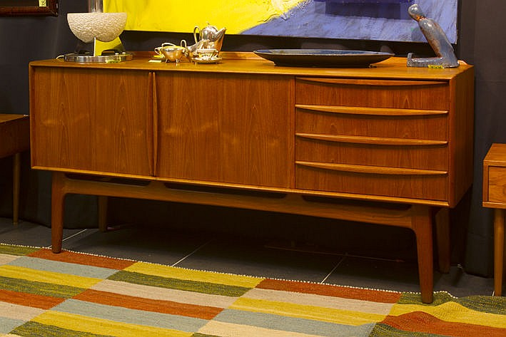 Danish sixties' design sideboard in teak - attributed to