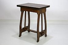 early 20th Cent. Belgian Art Nouveau-occasional table in the style of Heny van de Velde with an fold-out and pivotably top on a elegant trestle - in oak