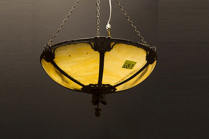 Jugendstil-chandelier in silverplated bronze and p�te de verre