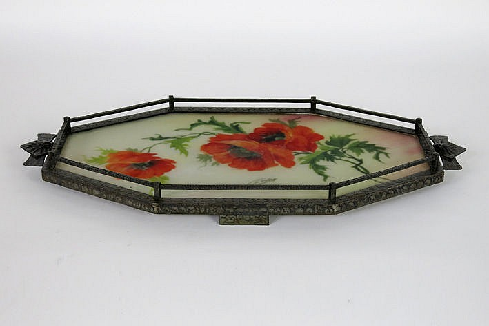 octagonal Art Deco-serving dish in wrought iron and satinised glass with a painted floral decoration