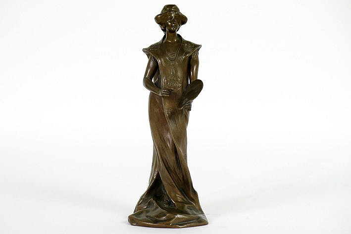 1900's sculpture in bronze - signed