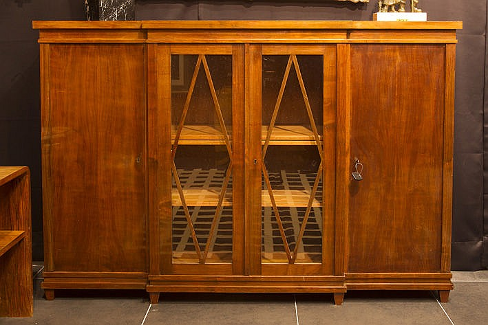 Art Deco-library bookcase in walnut