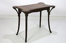 Majorelle Art Nouveau-table with carved whiplash ornamentation and top in marquetry -  signed