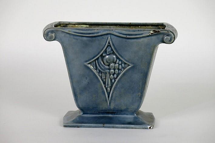 Art Deco-urn in enamelled cast iron