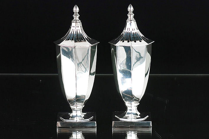 pair of (�) Art Deco Art Deco-casters with an oriental form in massive silver -marked