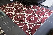 oriental kilim in wool with a modern