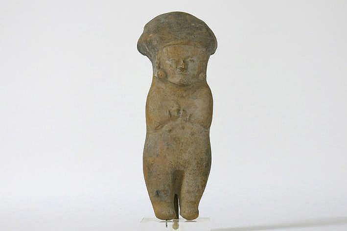 MEXICO/ECUADOR - BAHIA-CULTUUR - 500 BC tot 500 AC sculptuur in aardewerk in de vorm van een priester - hoogte : 27 cm - gemonteerd