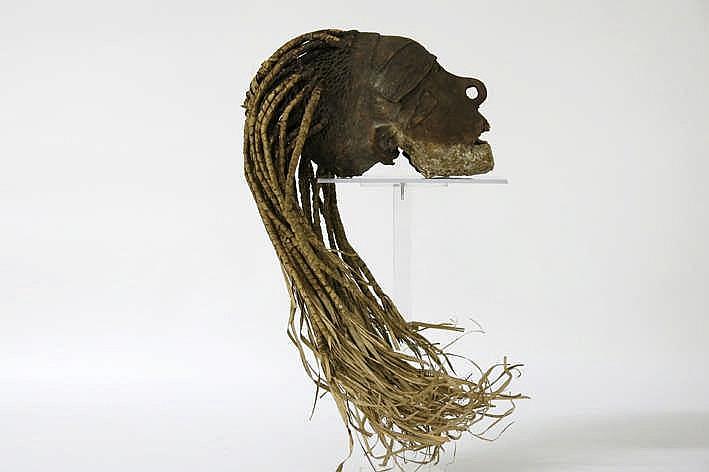 PAPOEASIE NIEUW - GUINEA / ZUIDELIJK IRIAN BHARAT (BIAU - RIVIER) - CA 1950 zeer zeldzame sculptuur van de