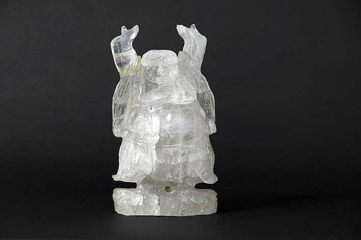 Boedhistische sculptuur in bergkristal met de voorstelling van een zgn
