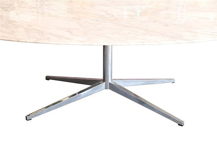 Editions knoll table ovale cr ation de 1961 plateau marbr for Table knoll ovale marbre blanc