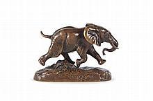 Antoine Louis BARYE (1795-1875) Eléphant du Sénégal. Bronze à patine brune. Signé et marqué F. Barbedienne (fondeur et éditeur). H. : 6,8 cm. L. : 10,1 cm. Bibliographie : Répertorié page 251 du Catalogue raisonné des sculptures de Barye par M.