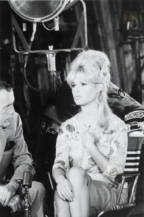 Daniel CANDE Brigitte Bardot, circa 1960. Tirage argentique postérieur. Signé. 70 x 50 cm.