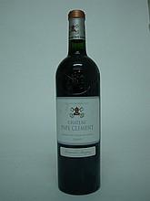 1 bouteille   CHÂTEAU PAPE CLEMENT 2005 CC Graves (2 e.l.s.)