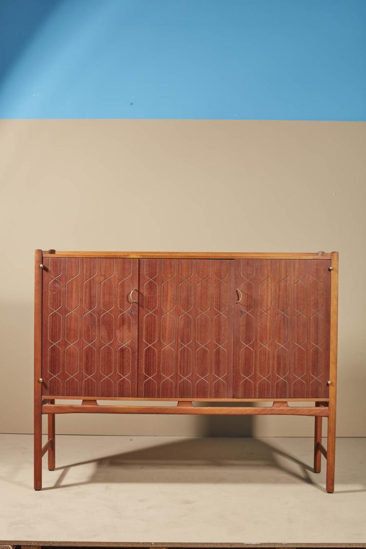 david rosen 1910 1993 buffet teck et laiton. Black Bedroom Furniture Sets. Home Design Ideas
