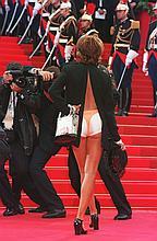 David LEFRANCVictoria Abril Cannes 1997Tirage couleur sur papier argentique.61,5 x 40 cm.Signé et numéroté 5/12.Tampons David Lefranc, Galerie Grace Radziwill.