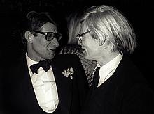 GUY MARINEAUYves Saint Laurent et Andy Warhol.Tirage argentique.41 x 54,5 cm.Signé et numéroté 14/30Tampons Guy Marineau, Galerie Grace Radziwill.