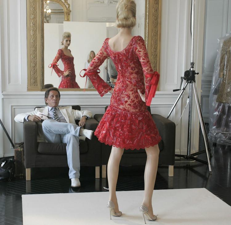 GUY MARINEAU  Valentino Haute Couture 2006