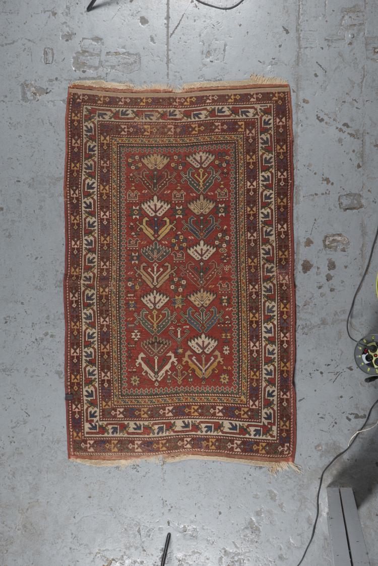 tapis kazak sud ouest du caucase 19 me s. Black Bedroom Furniture Sets. Home Design Ideas