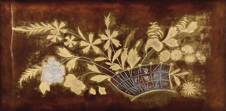 Pierre Bobot (1902-1974) Grand panneau en laque de formerectangulaire à décor de bouquet defeuillages dorés sur fond bordeauxbrun. Signé. H. : 50 cm. L. : 100 cm.