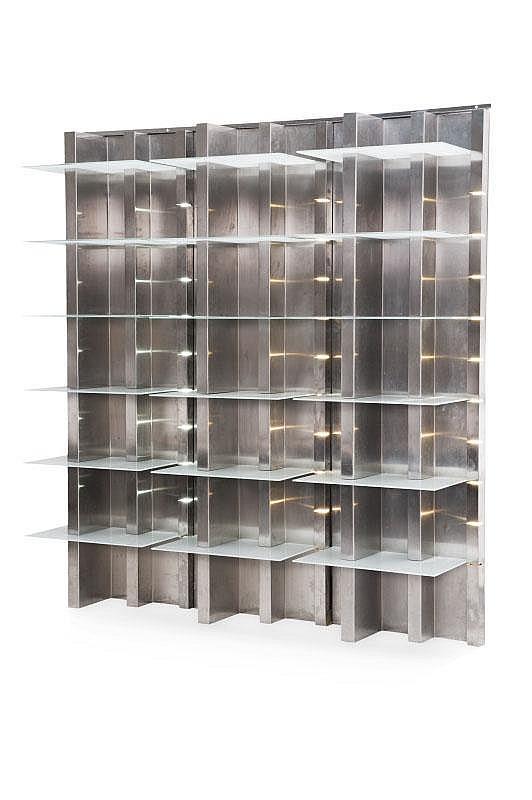 YONEL LEBOVICI (1937-1998)Rare et exceptionnelle bibliothèque lumineuse.Néon, verre, inox brossé.200 x 195 cm.Circa 1975.
