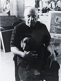 Edward QUINN (1920-1987) Pablo Picasso dans son atelier, circa 1965. Tirage argentique d'époque. 24 x 18 cm.