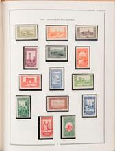 aLGérie :  collection de timbres-poste neufs  1924/1985 dans un album moc et un  classeur.