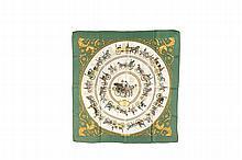 HERMES Paris   Carré en soie imprimée, titré « La promenade   de Longchamps ». Signé Ledoux.   Dans sa boîte.   Etat d'usage.
