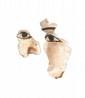 FRAGMENTS DE MASQUES  En stuc peint. Yeux et sourcil soulignés de noir.  Restes de polychromie.  Egypte.  Epoque gréco-romaine.  H. : 7 et 15 cm.