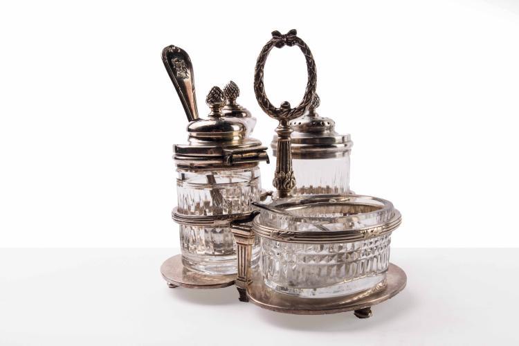 Compagnie des Messageries Maritimes  Ensemble Moutarde, sel, poivre et piment, cristal et métal  argenté Christofle.