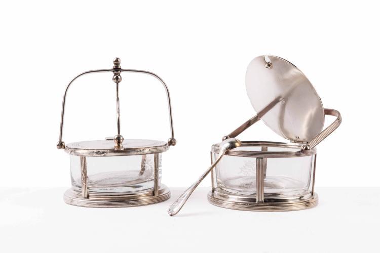 Compagnie des Messageries Maritimes  Récipient à parmesan avec sa cuillère, métal argenté, Christofle