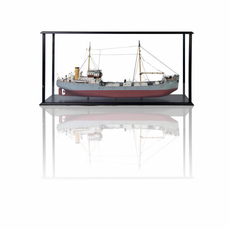 Maquette S/S «BRANNAREN», 1:50, 62 x 125 x 28 cm., résine, métal et fil.