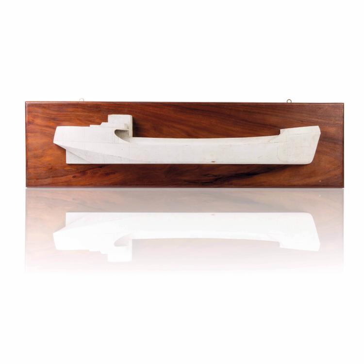 Demi-coque Caboteur, 28 x 101 cm.