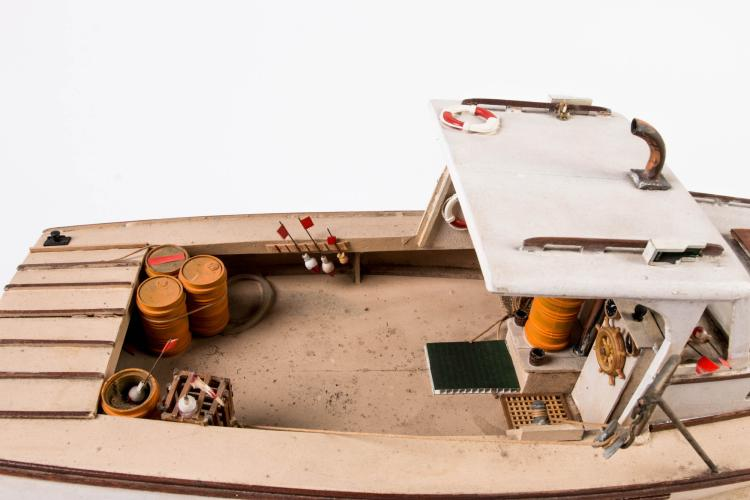 maquette du bateau moteur stacey jean boston 25 x 61 x. Black Bedroom Furniture Sets. Home Design Ideas