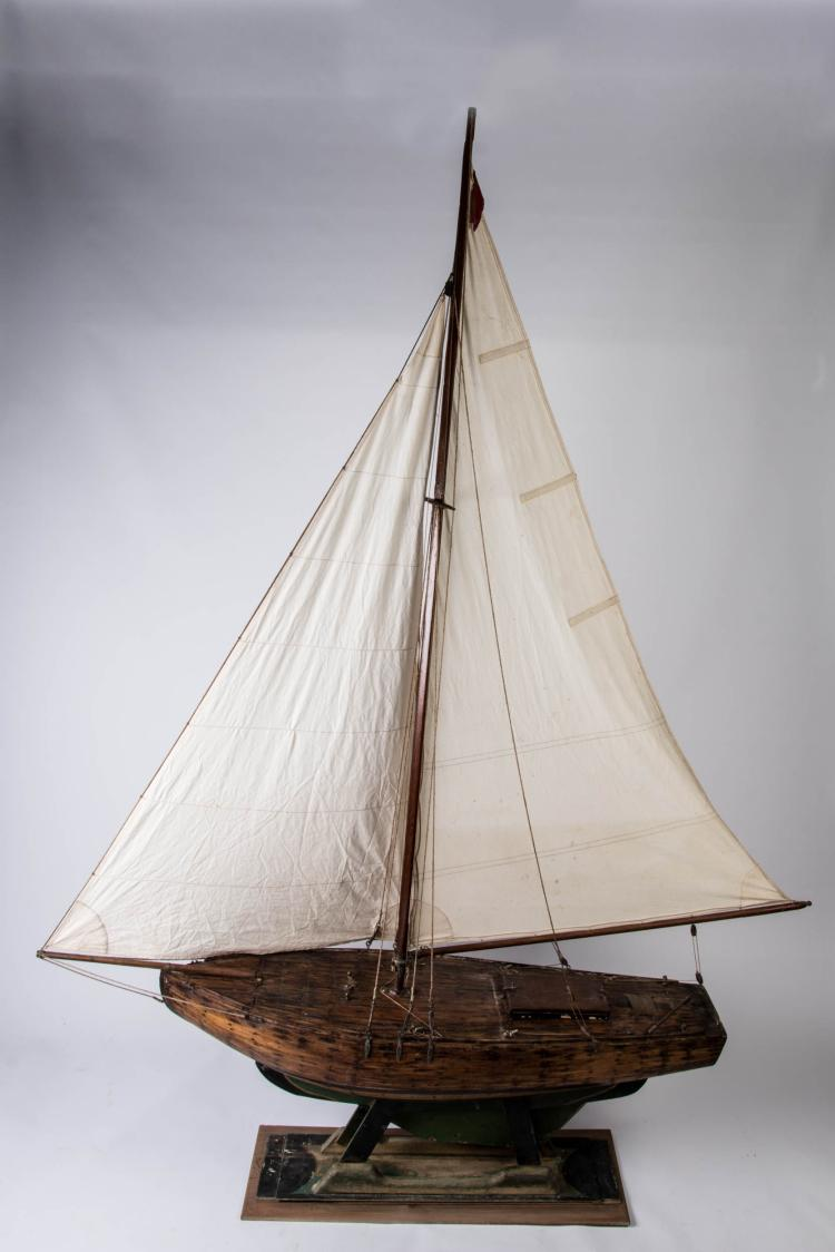 Maquette de bassin «PETIT PAUL», 195 x 146 x 31 cm.