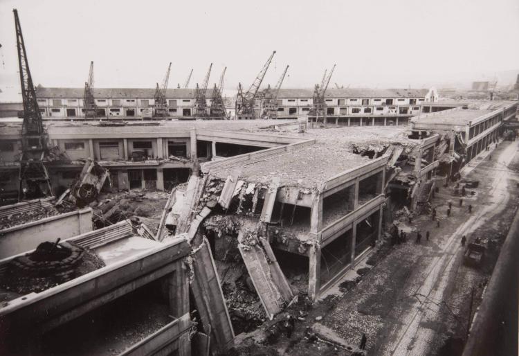 Travaux du port de Marseille. 5 tirages argentiques d'époque.