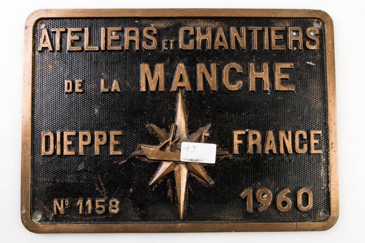 Plaque constructeur ateliers et chantiers de la Manche, Dieppe, 1960. 25 x 35 cm.